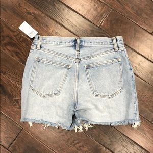"""Abercrombie & Fitch Shorts - NWT Abercrombie & Fitch High Rise 4"""" Short"""